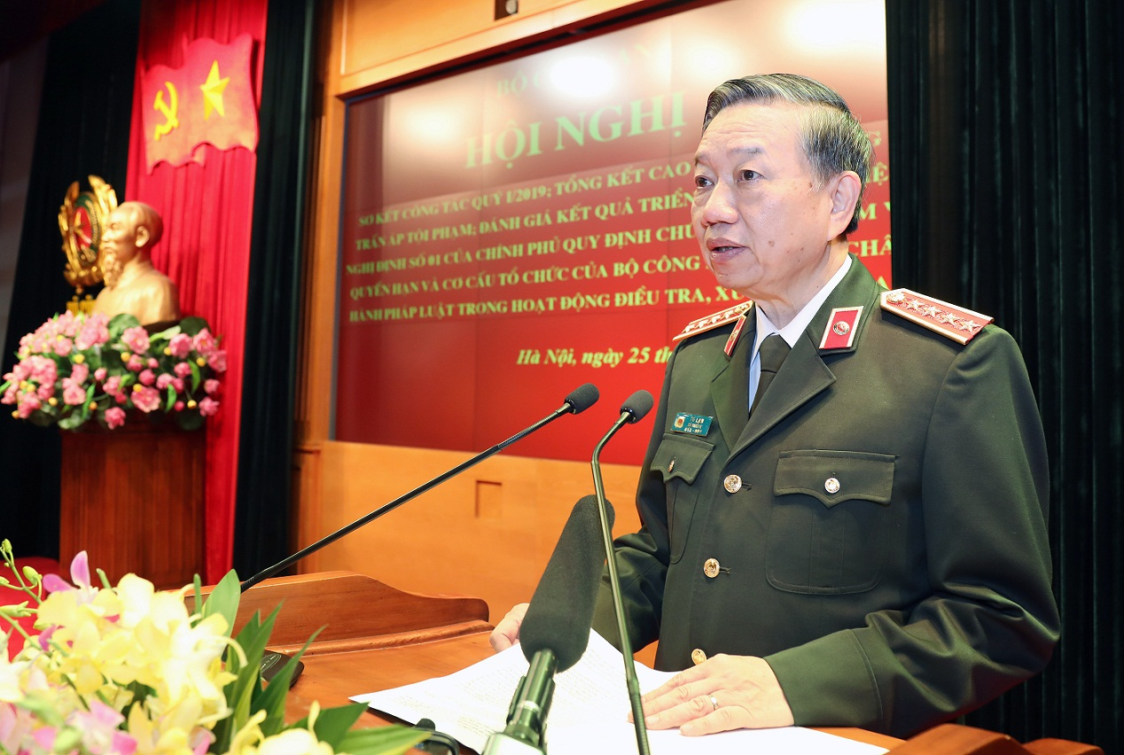 Minister To Lam delivers an opening speech at the Conference