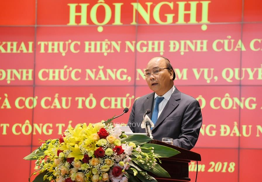 Prime Minister Nguyen Xuan Phuc speaks at the Conference.