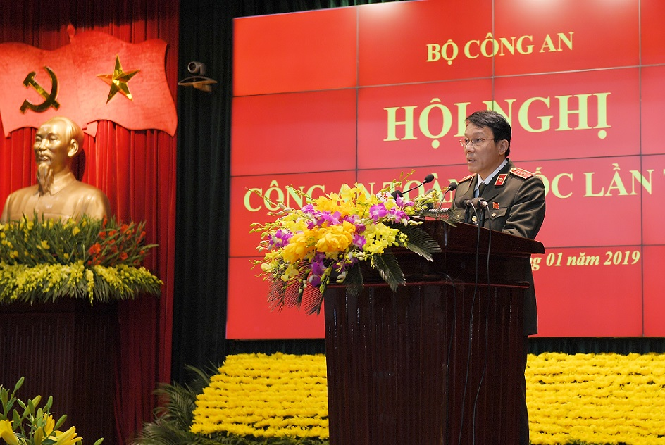 Major General Luong Tam Quang, Chief of the Ministry of Public Security's Office speaks at the Conference.