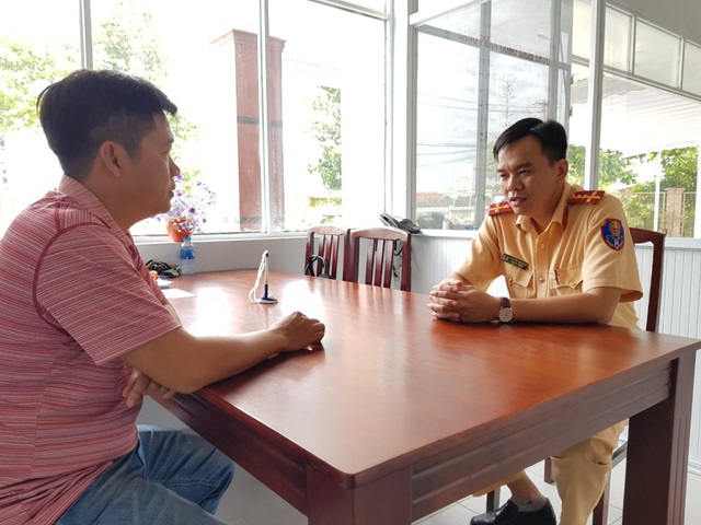 Captain Nguyen Viet Khoi, Deputy Head of the Vehicle Registration Division under the Can Tho Traffic Police Department talks about his blood donation over 10 years.