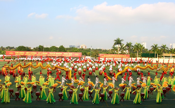 A performance of the Drum Art Team.