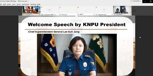 President of the Korean National Police University delivers the opening speech at the competition.