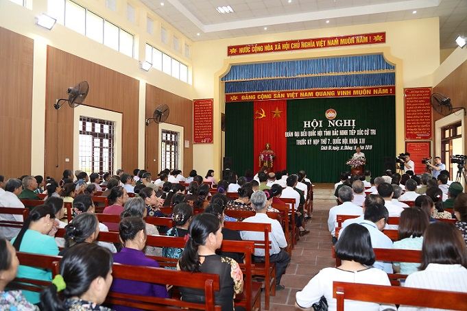 Voters of Cach Bi speak highly of activities of the NA delegation of Bac Ninh.
