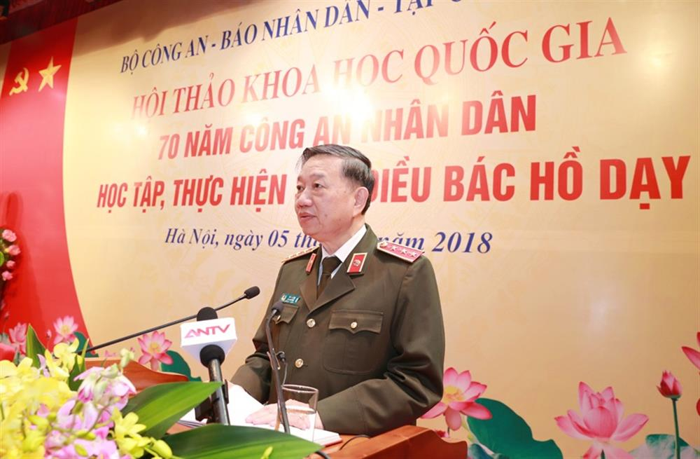 Senior Lieutenant General To Lam, Member of the Politburo, Minister of Public Security, chaired the conference.