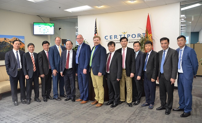 Deputy Minister Nguyen Van Thanh and other delegates at the Certipory headquarters.
