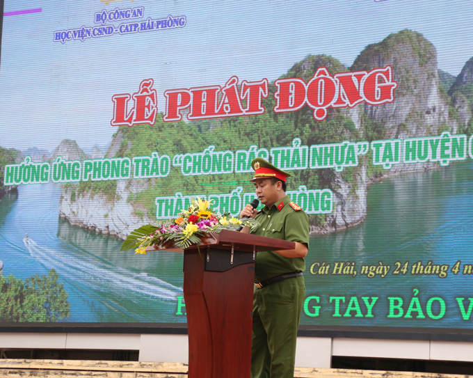 Senior Colonel Pham Cong Nguyen speaks at the launching ceremony.