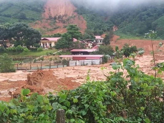 The scene of the landslide occurred on October 18, 2020 in Huong Phung commune.